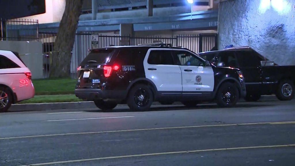 Лос Анџелес: 200 полицајци се обучуваат за користење Бола – рап за фаќање криминалци