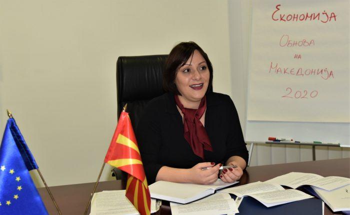КОЧОВСКА: За двата месеци пред кризата го зголемија буџетскиот дефицит за 70 милиони евра