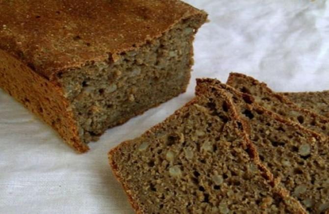 РЕЦЕПТ НА КАРДИОЛОГ: Ова е единствениот леб кој можете да го јадете колку сакате