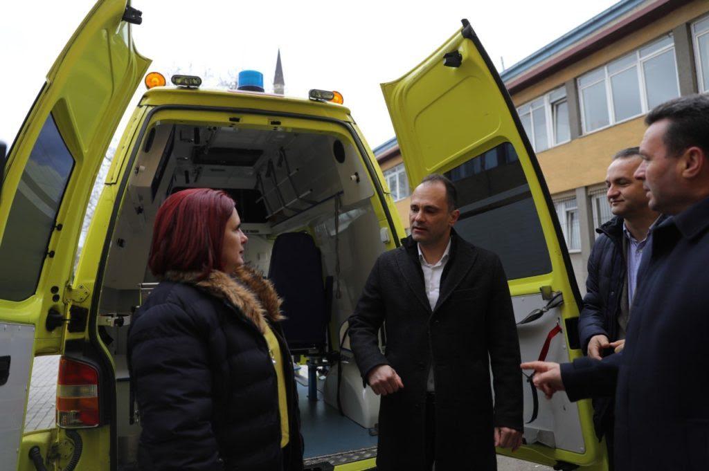 Здравствен дом Скопје: Набавени се 13 возила за домашна посета и патронажа