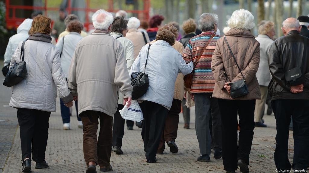 СЈАЈОТ И БЕДАТА ВО ГЕРМАНИЈА: Секој петти пензионер живее под границата на сиромаштија