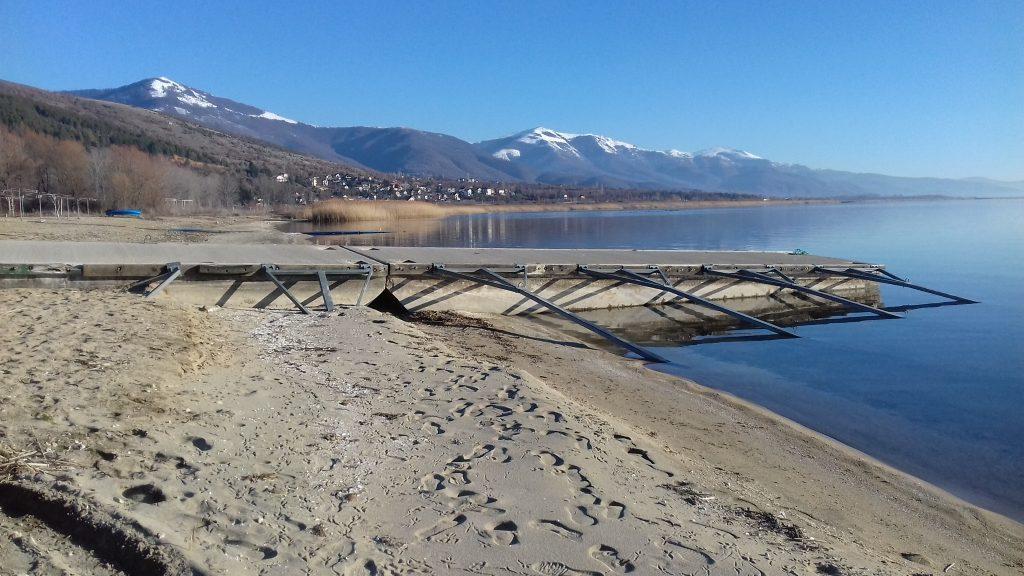 """УХМР: Расте нивото на водата во Дојранско, а Преспанското Езеро и среде зима """"испарува"""""""