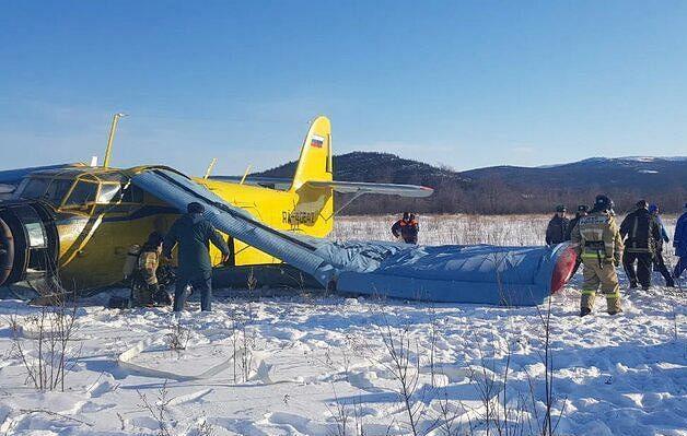 Русија: Повредени 7 патници при слетување на авион Ан-2