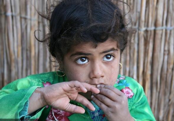 Пренаселени, сиромашни, но раѓаат деца: Бебе се раѓа на секои 17,9 секунди