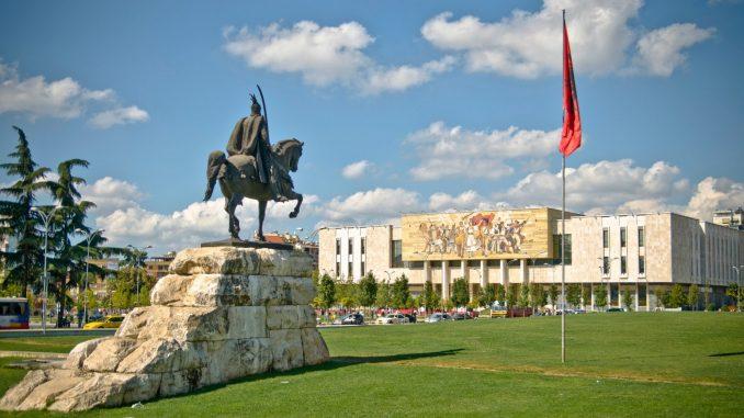 ЕУ и САД очекуваат Специјалното обвинителство на Албанија да биде успешена институција