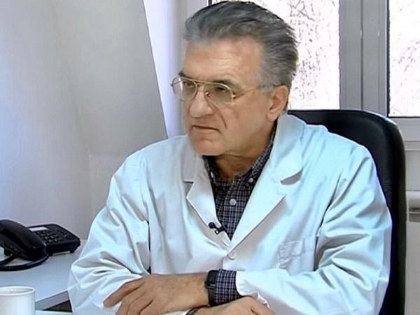 Д-р Даниловски: Вирусот се одржува во воздухот дури 3 часа,  се шири и аерогено