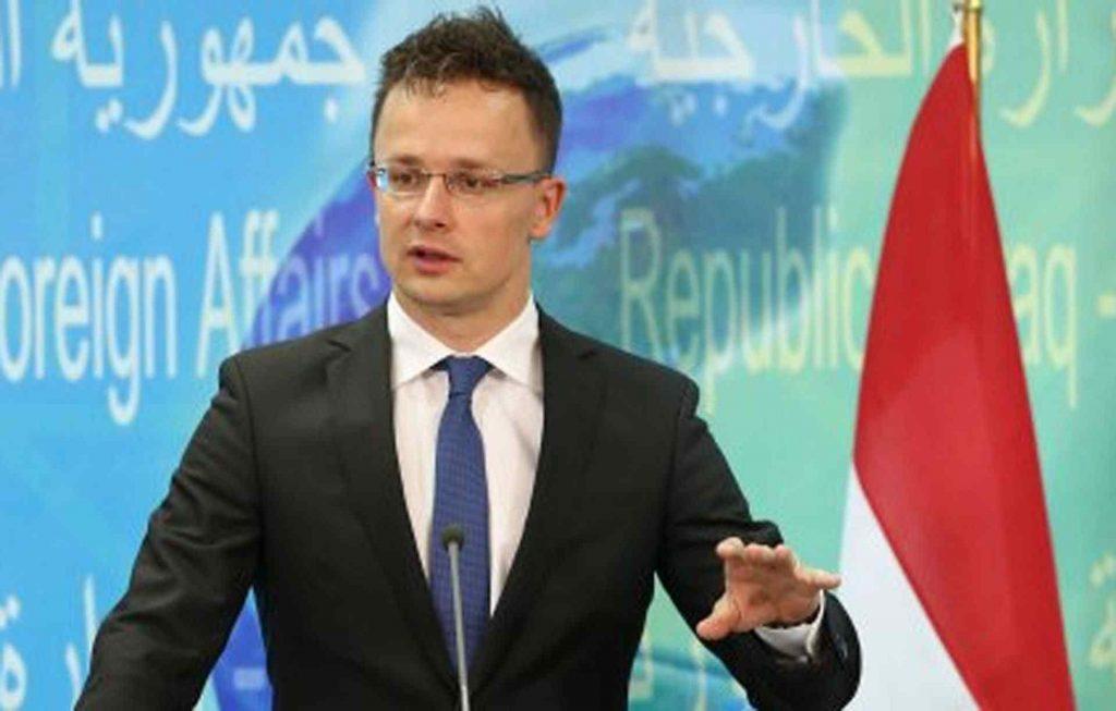 """ЕУ Е """"СКАНДАЛОЗНО"""" БАВНА: Унгарија ќе набави вакцини против Ковид-19 и од кинеската компанија Синофарм"""
