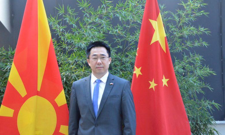 АМБАСАДОР ЏАНГ ЅУО: Кина се залага за борба против коронавирусот со дигитална технологија
