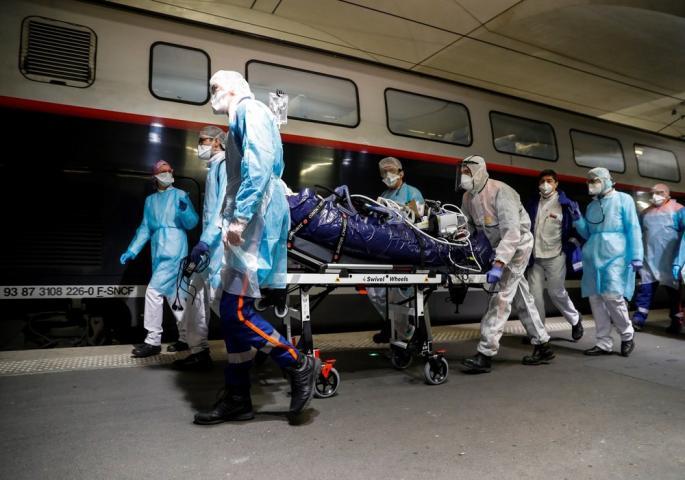 КАТАСТРОФАЛНИ ГРЕШКИ ВО РОМАНИЈА: Заразени 500 медицинари, 200 само во една болница во која бил примен првиот пациент