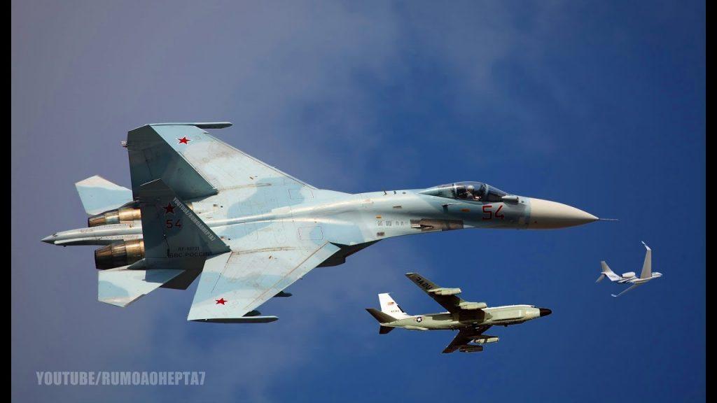Над Средоземно Море: Два руски Су-35 го пресретнаа американскиот авион Посејдон П-8А