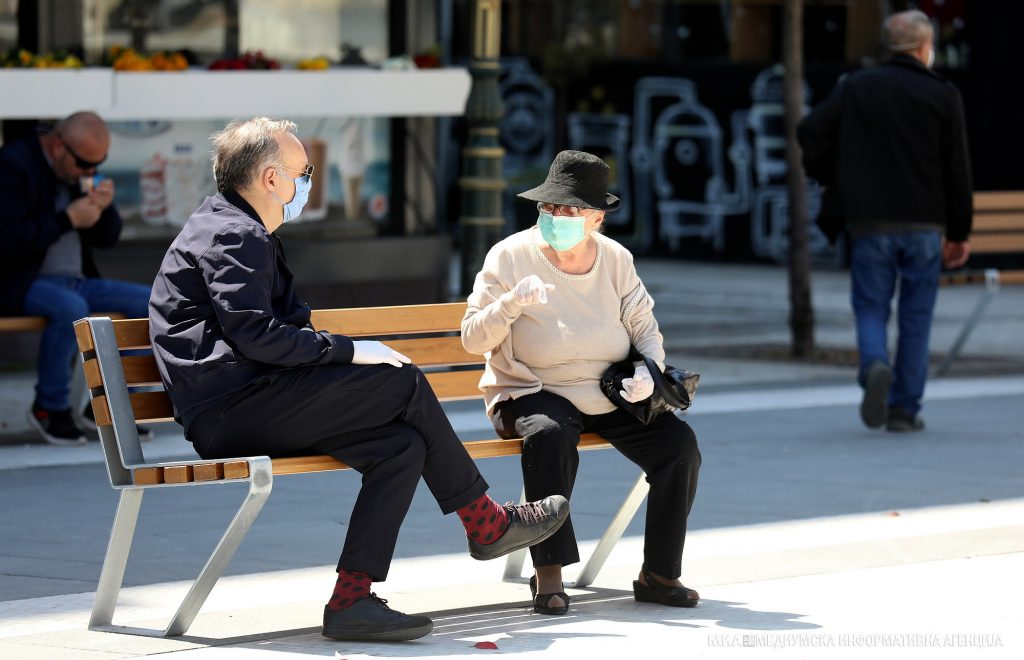 МВР: Казни за 392 лица оти не носеле маски во изминатите 24 часа