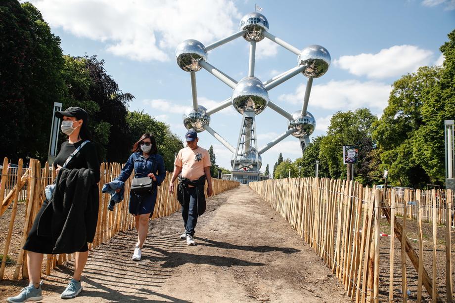 Брисел: Атомиумот повторно отворен за посетители