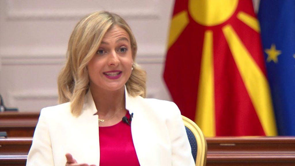 (видео) ТВ АЛФА: Министерката Ангеловска си ги повлекла парите од Еуростандард во два наврати и два месеца пред да пропадне оваа банка