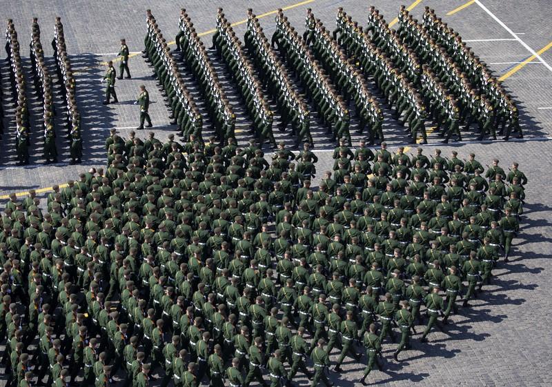 ВОЕНА ПАРАДА: Шојгу го покани американскиот колега Еспер на парадата на 24 јуни во Москва