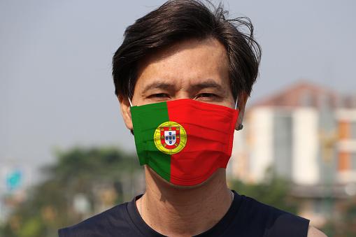 Португалија воведува задолжително носење маска на отворено каде има метеж