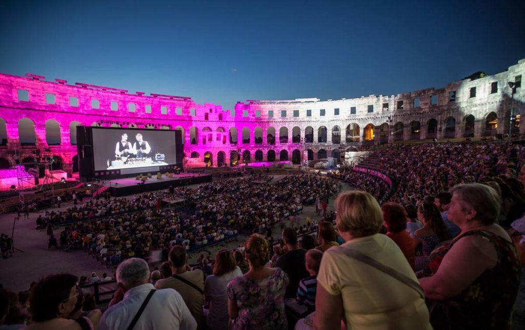 Поради Ковид-19: Хрватска го откажа Филмскиот фестивал во Пула