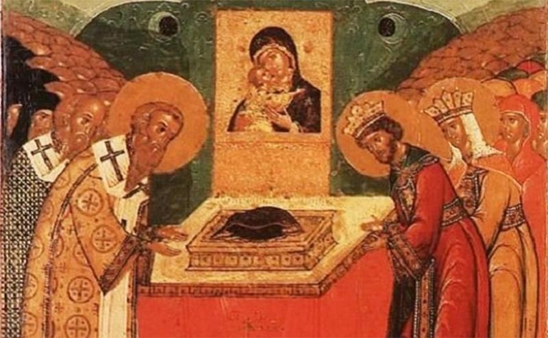 КАЛЕНДАР НА МПЦ: Денеска е Полагање на ризата на Пресвета Богородица во Влахерна