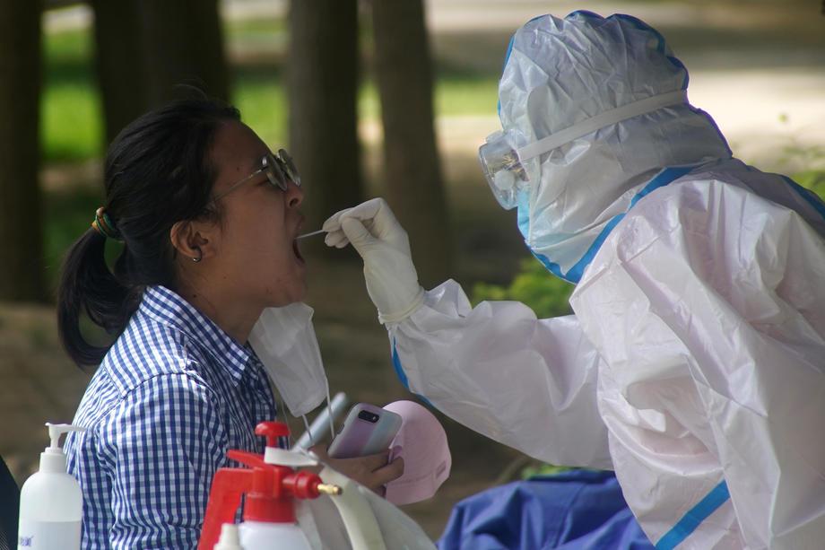 КОВИД-19 ВО КИНА: Со 1,3 милијарди население има 297 активни случаи на коронавирусот, 3 новозаразени и ниту еден смртен случај