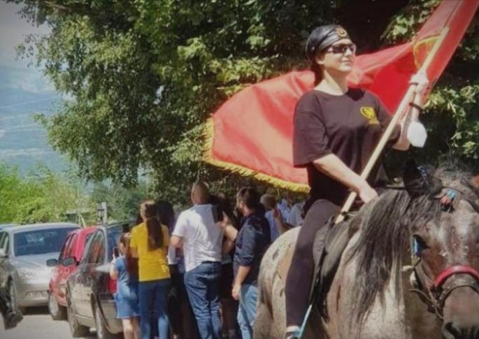 КОЊИЧКИ МАРШ ЗА ИЛИНДЕН: Пратеничката Мизрахи на чело на коњицата кон Мечкин Камен