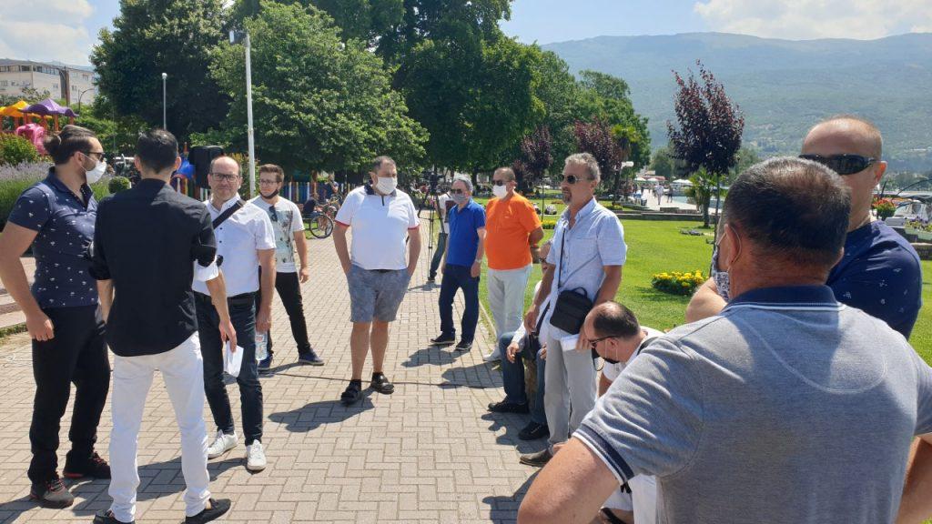 Протест во Охрид: Музичарите бараат протокол што би им овозможил да работат