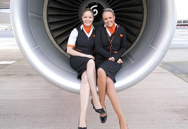 Исланд: Стјуардесите отпуштени од работа, пилоти ги служат патниците во ИсландЕр