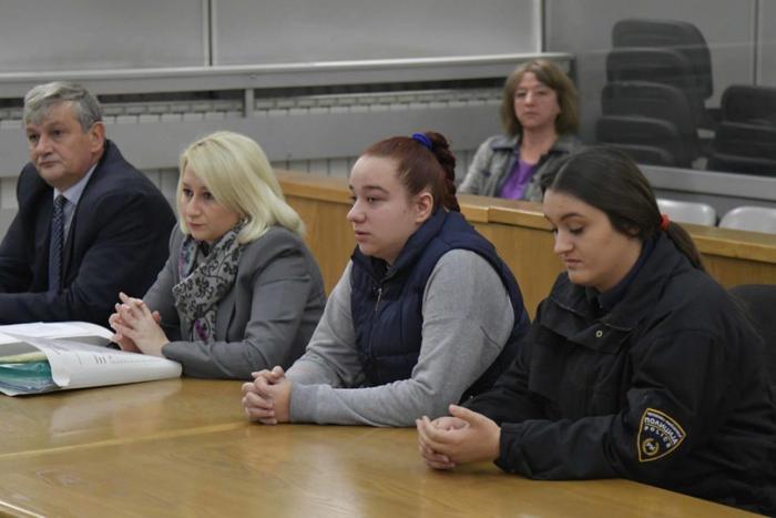 ПРЕСУДА ЗА УБИСТВОТО ВО СКОПЈЕ: Девојката Ангела Ѓорѓиевска доби 19 години затвор за помагање во убиството на 26-годишниот Пино
