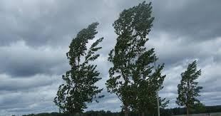 Време: Променливо со дожд, грмежи и силен ветер со брзина над 90 км на час