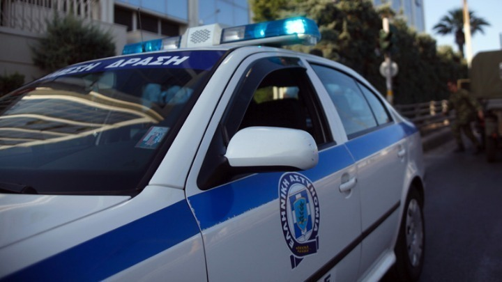 Грција: Полицијата забрани јавни собири со повеќе од 100 лица