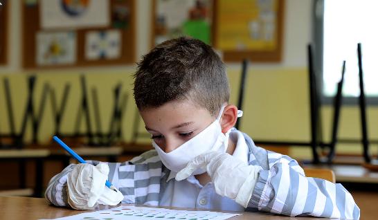 Шарчевиќ: Нема да има кабинетска настава во Србија, учениците ќе носат маски и ќе има повеќе модели на образовниот систем
