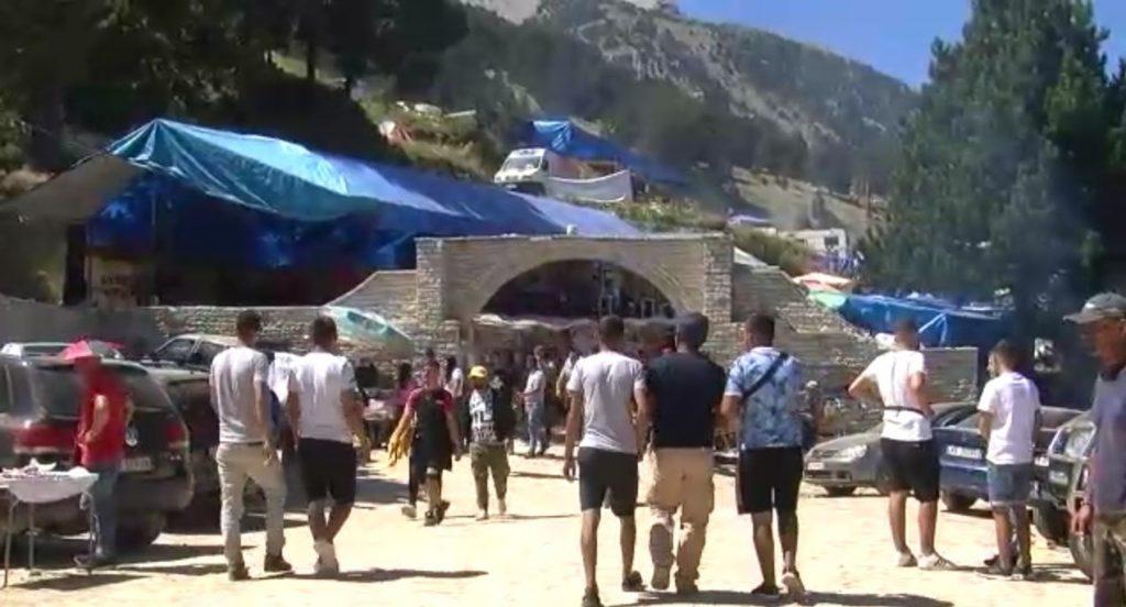 Албанија: Во првото тромесечие 60.000 туристи помалку од лани