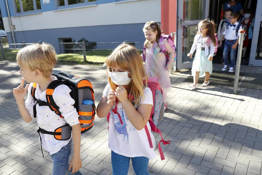 Во најмалку погодената германска држава децата тргнаа во училиште без маски