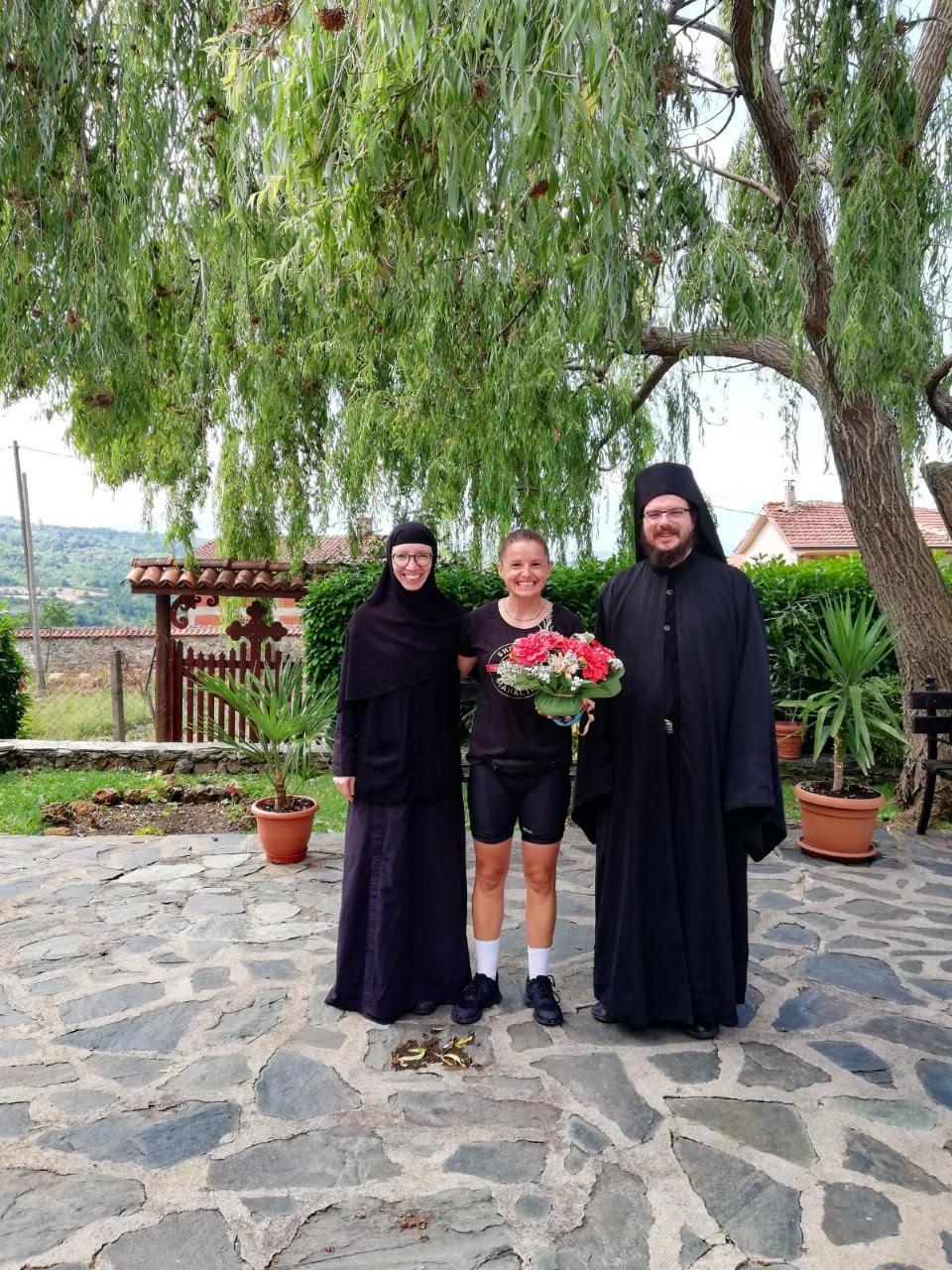 ЈУБИЛЕЈ: Стружанката Стојановска со велосипед ќе вози 1.000 км во чест на 1.000 години Бигорски манастир