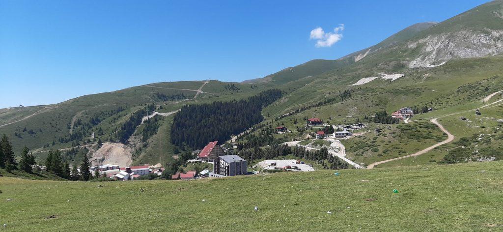 ФОТОРЕПОРТАЖА ОД ШАР ПЛАНИНА: Македонска убавица и бела во јануари и зелена во август