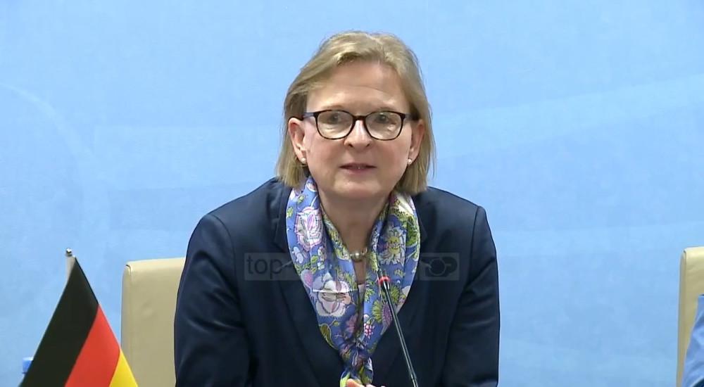 """ШУТЦ: Германија сака """"обновен интензитет"""" во односите меѓу Европската Унија и Западен Балкан"""