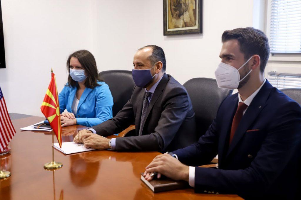 БРНЗ СО БИТИЌИ: Ќе ја продолжиме соработката за развој и подобар живот на сите граѓани во С. Македонија