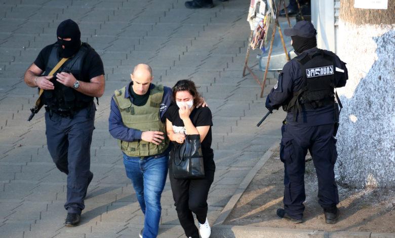 ЗАЛОЖНИЧКА ДРАМА ВО ГРУЗИЈА: Напаѓачот е во бегство со тројца заложници, а 43 се ослободени