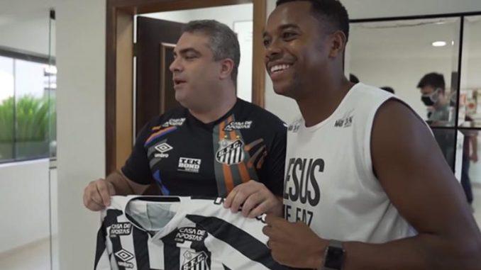Емоционално враќање: Робињо дојде во Сантос и остана само 6 дена