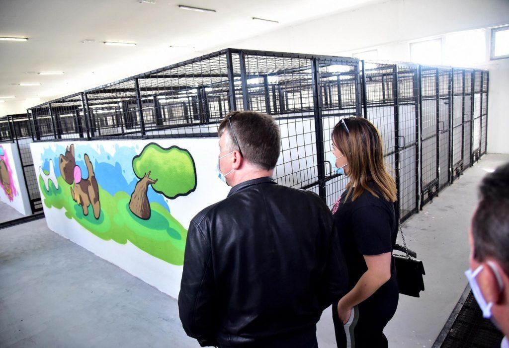 """ШИЛЕГОВА """"КЛИНИКА"""" ВО СКОПЈЕ: Од денеска уште три кучиња за одделот искасани граѓани"""