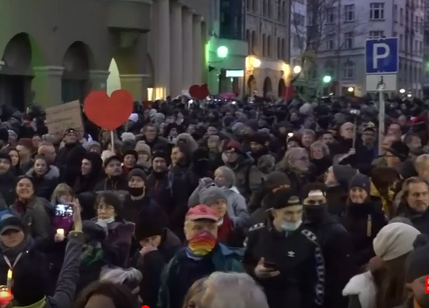Масовни демонстрации во Лајпциг против новите корона мерки на Владата