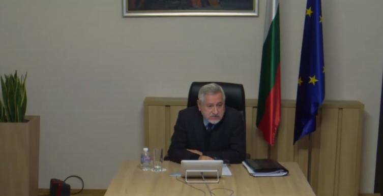 """Различни гледања за цар Самоил, Димитров обвинува дека """"северната"""" комисија отстапила од подготвен текст!"""