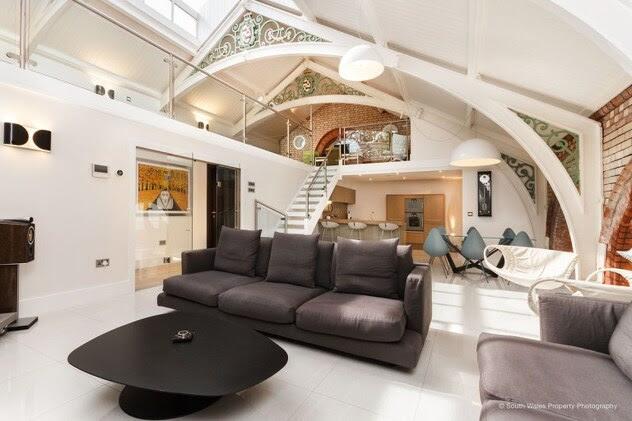 Во Велс: Направен луксузен стан од 1,1 милион евра во викторијанска бања