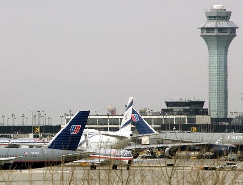 ВО ЧИКАГО: Американец од Калифорнија 3 месеца живеел на аеродром оти се плашел во авион да не се зарази од Ковид-19