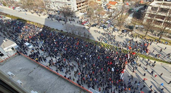 """ОЈО Скопје: Обвинение за седуммина насилни учесници на протестите за """"Монструм"""""""