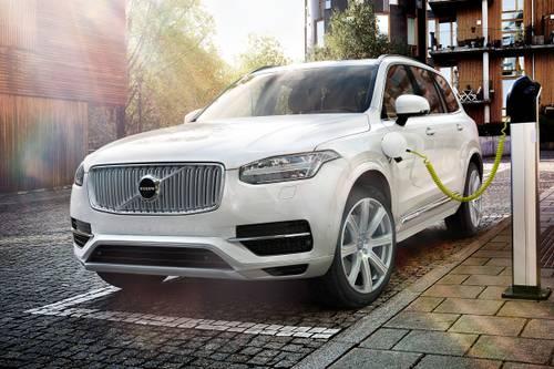 ВОЛВО КАРС: Тројно повеќе електроавтомобили од фабриката во Гент во Белгија