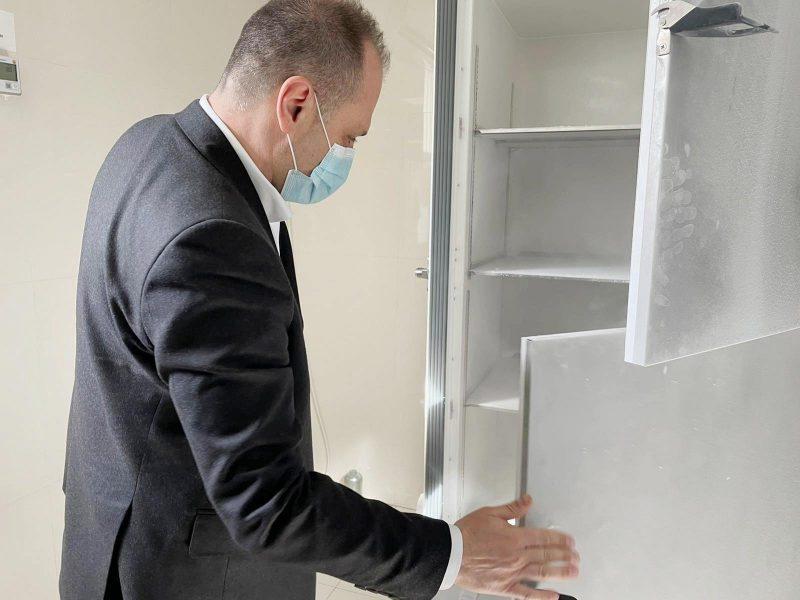 МАКЕДОНИЈА ИМА САМО ФРИЖИДЕРИ: И Молдавија доби вакцини од програмата Ковакс