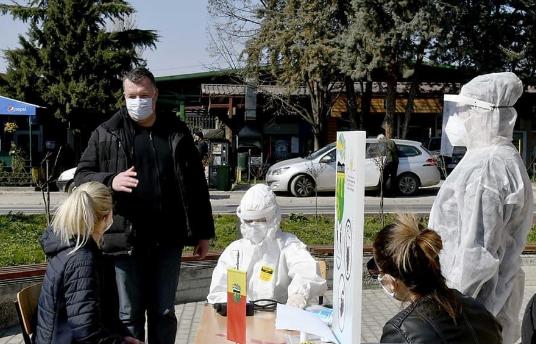 ВЕТУВАШЕ ПОЛИКЛИНИКА, СЕ ФАЛИ СО ПРЕГЛЕДИ НА ПУНКТОВИ: За 8 Март на пунктови во општина Бутел прегледани над 250 жителки