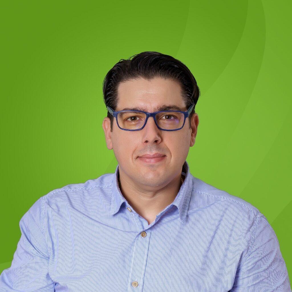 Мирослав Богдановски од ДОМ е вториот скафандер пратеник покрај Бисера Костадиновска Стојчевска