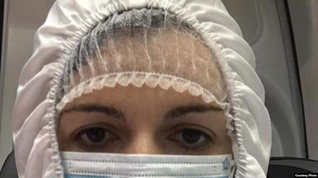 ВЛАСТА ПРАВИ КОВИД ЦИРКУС ВО СОБРАНИЕ: Позитивна на вирусот пратеничката од СДСМ Стојчевска во скафандер оди на седница