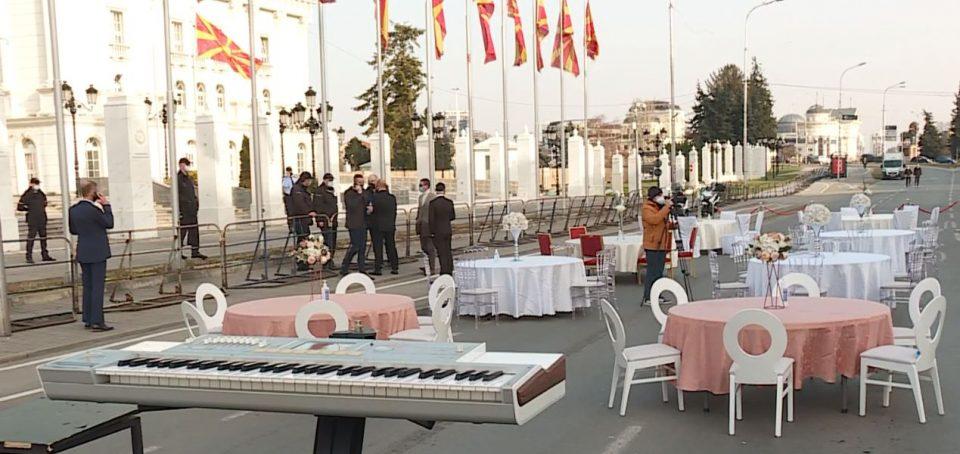 ТУРИСТИЧКО-УГОСТИТЕЛСКИ СЕКТОР: Денеска детали од утре секој ден протест пред Владата