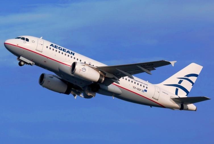 ШТРАЈК НА КОНТРОЛОРИТЕ ВО ГРЦИЈА: Откажани утрешните летови Атина – Скопје